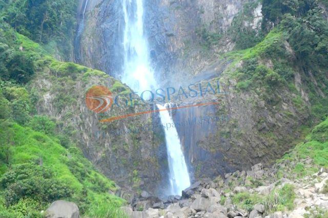 Ponot Waterfall