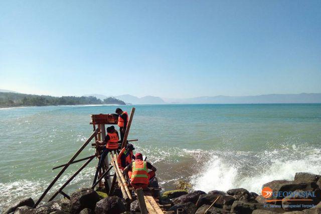 Survei Garis Pantai Selatan Jawa